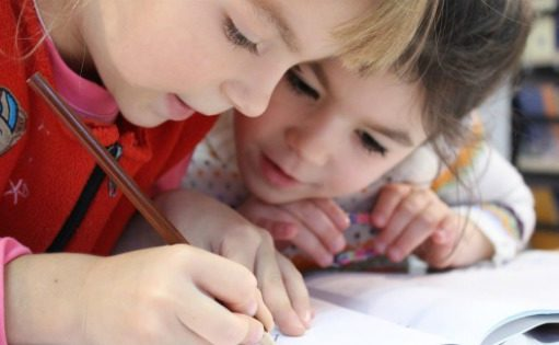 What skills and knowledge do preschoolers need to prepare for kindergarten? These are the preschool activities that are important for kindergarten prep.