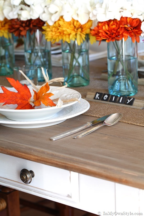 Six diy thanksgiving place cards to make your table shine for Diy thanksgiving table place cards